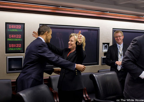 obama_clinton_hug-cropped-proto-custom_1.jpg